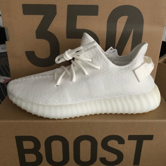 d3d8f8195f431 Adidas Yeezy Boost 350 V2 Triple White size 10